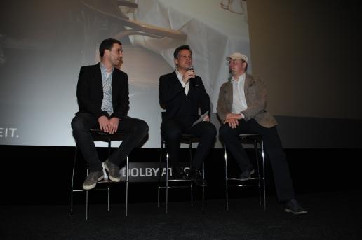 Anmoderation des Films im Kinosaal: Baldinger (l.), Leitner (m.), Greuling